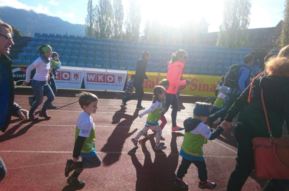Kinder des Zwergengarten KICA beim Fröschle Marathon