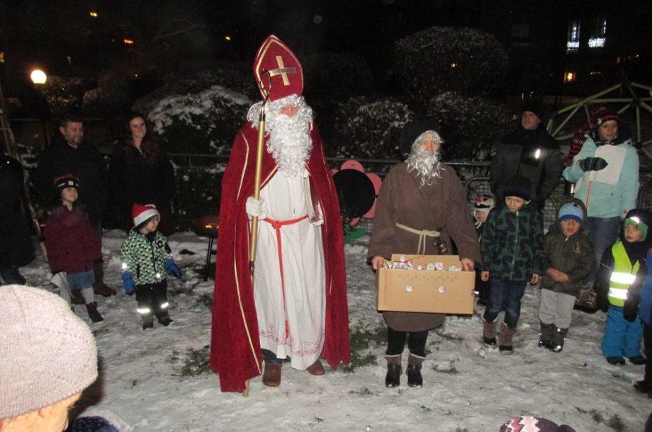Nikolaus zu Besuch im Zwergengarten Kastenlangen