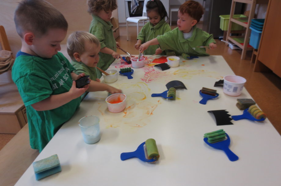 Kreative Kinder im Zwergengarten Rohrbach
