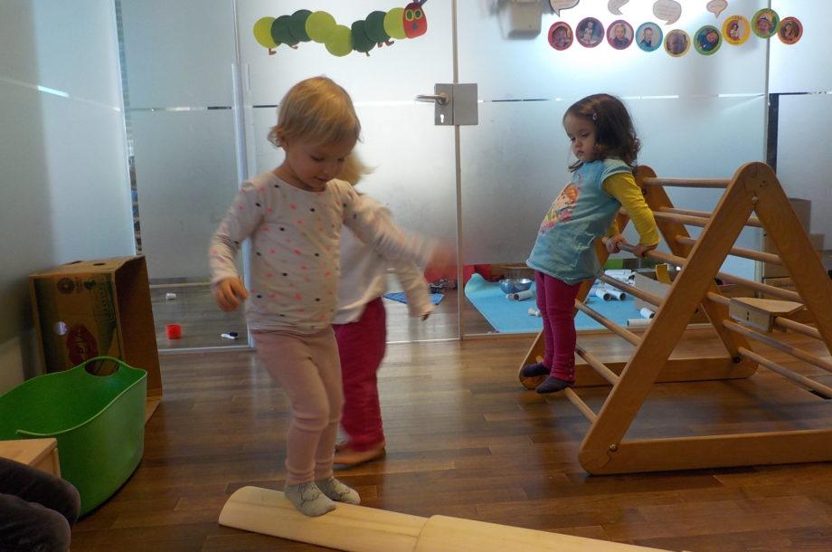 Bewegung im Zwergengarten Kinder im Element