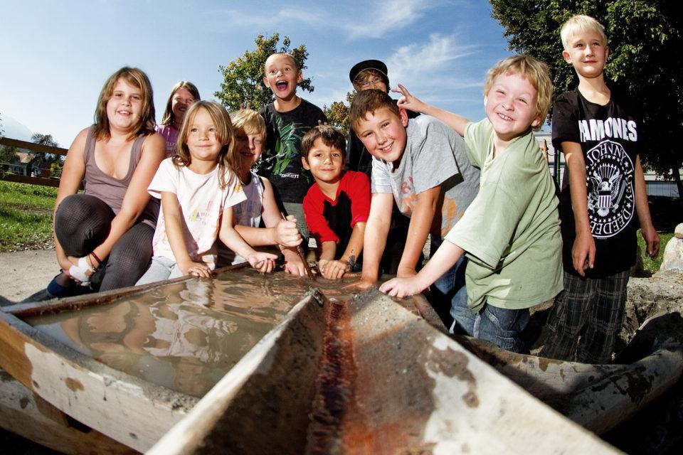 Kinder in der Schülerbetreuung
