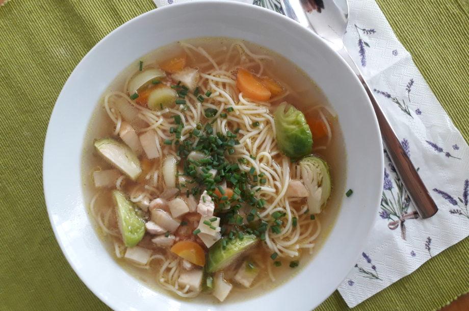 Eine vitaminreiche Gemüsesuppe