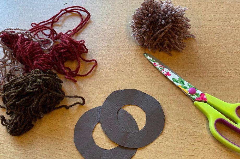 Pompon-Igel selber machen