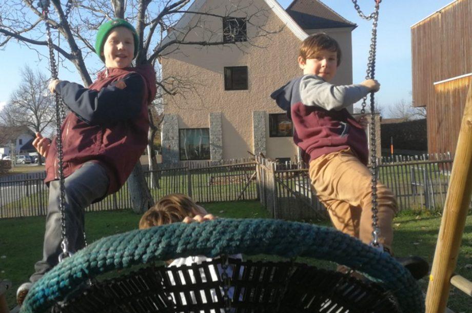 Spielen und auspowern
